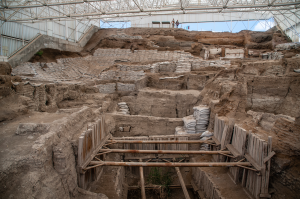 Çatalhöyük. 'Opening Up South Shelter 2015'. source: https://www.flickr.com/photos/catalhoyuk/18994469396/in/album-72157654876393475/